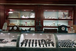The display case at the Gold & Silver Pawn Shop in Las Vegas, featured on Pawn Stars (Photo courtesy of The History Channel)