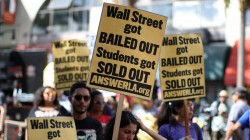 $1 Trillion Student Debt Crushing Economy – and Young People